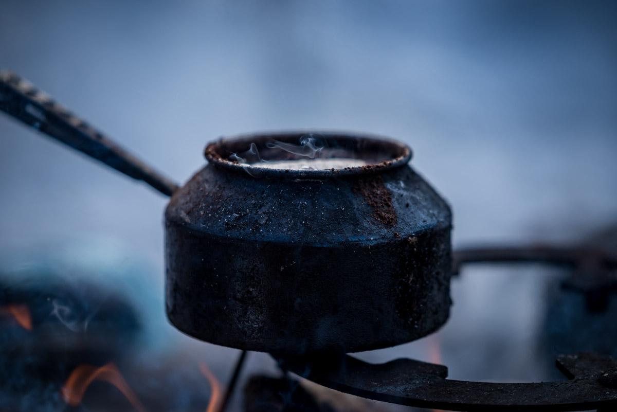 Traditionell zubereiteter Kaffee in Lappland